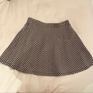 Checkered black whole skirt forever 21